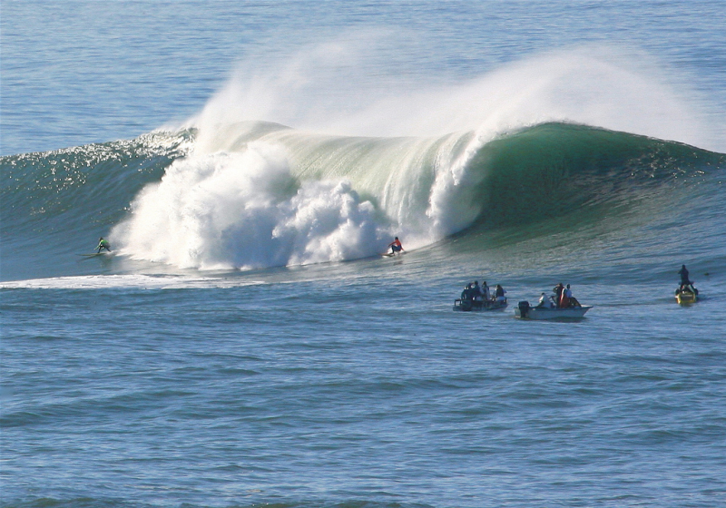 Mavericks, California Waves